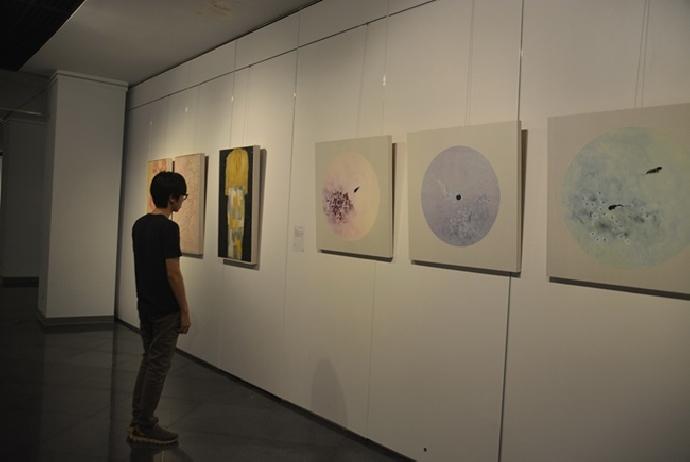 進修美術系畢業展「磷光」歡迎踴躍觀賞