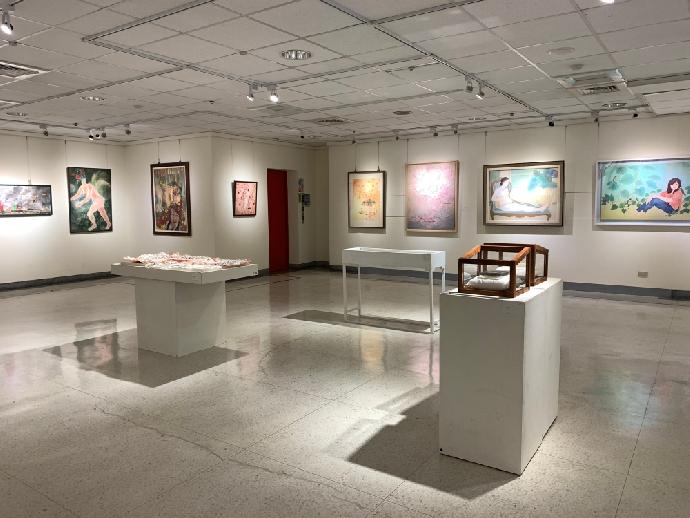 美術系第38屆師生美展於大墩文化中心盛大展出中